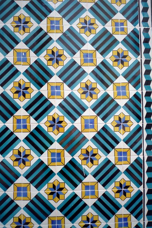 lisbon-tiles8.jpg