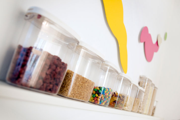 Yoli: Custom Yogurt And Minimal Design In Berlin