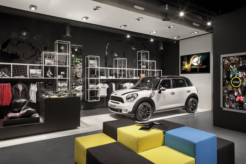 Mini S London Pop Up Shop Merges Cars With Fashion