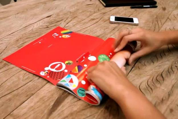 Use This Coca-Cola Print Ad As An iPhone Speaker