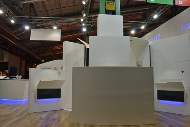 Samsung Envisions The Future Of Hotel Design [Pics] |