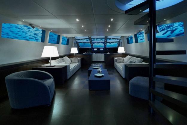 olivers-travels-lovers-deep-submarine-hotel-designboom-01