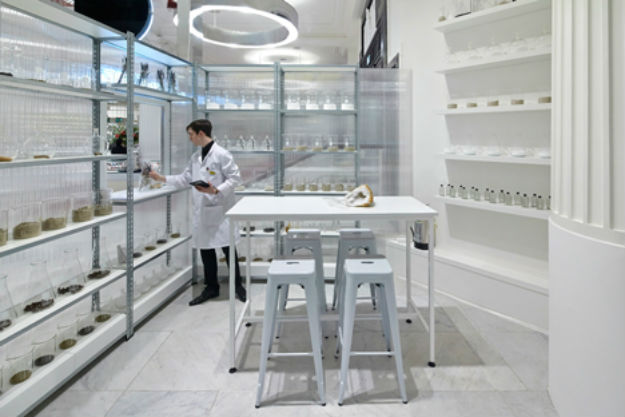 The-Fragrance-Lab-at-Selfridges.jpg