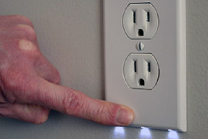 Embedded Leds Turn Electrical Outlets Into Night Lights