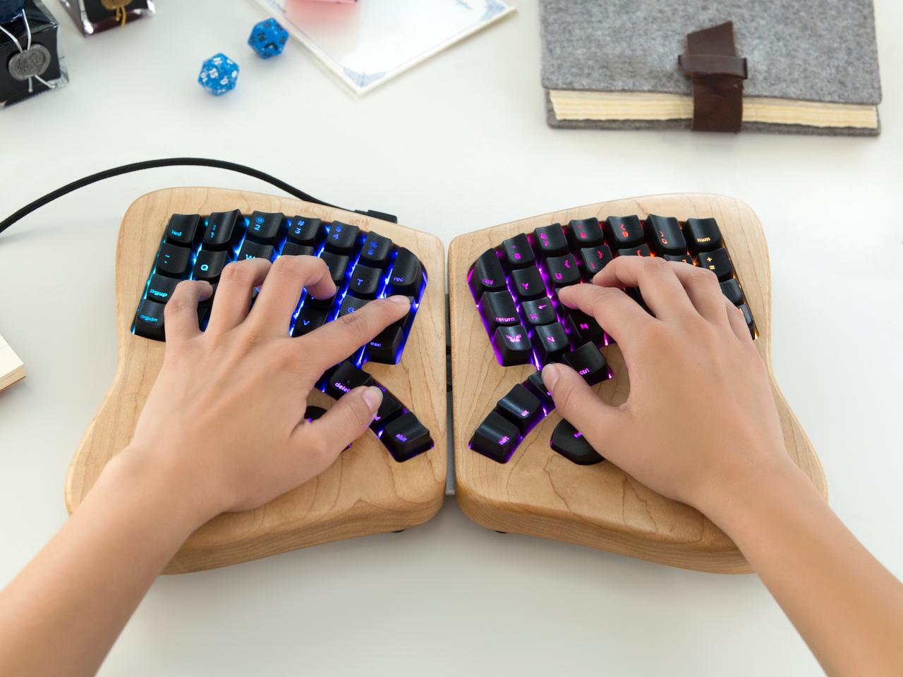 Ergonomic Keyboard Makes Typing a Customizable Breeze