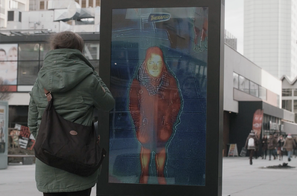 Outdoor Ad Detects If You Have Fever