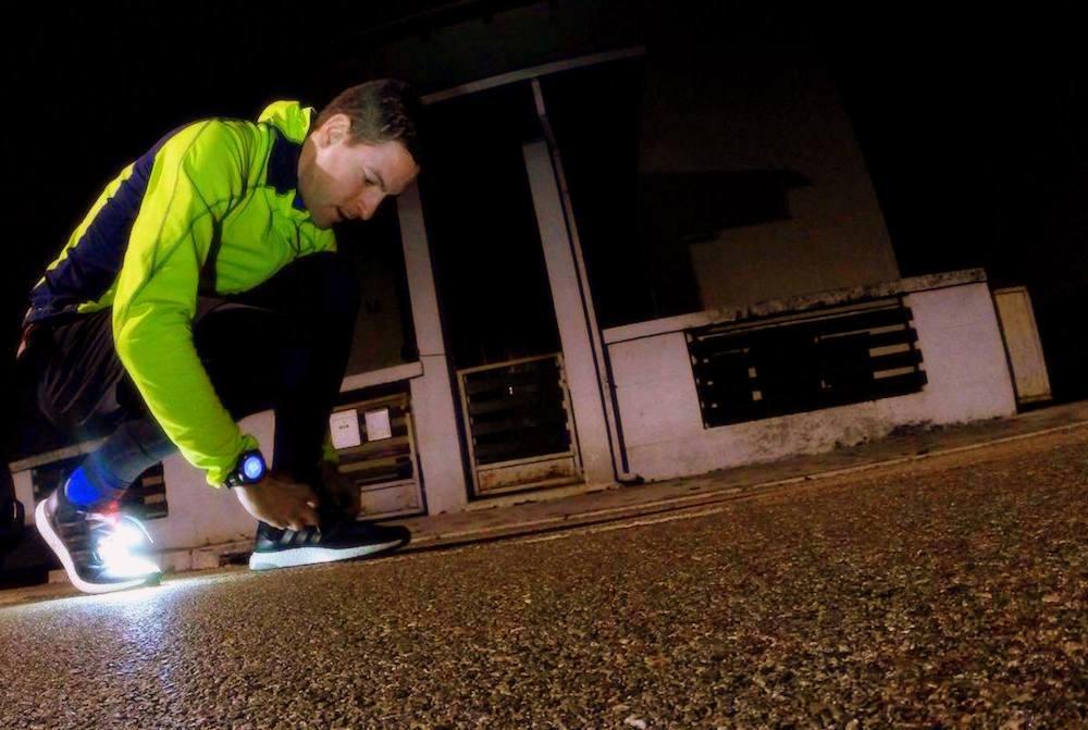 night jogging runner shoes psfk.com'
