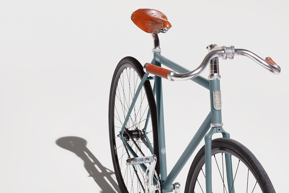 Minimalist Bicycle Supports A Humanitarian Cause
