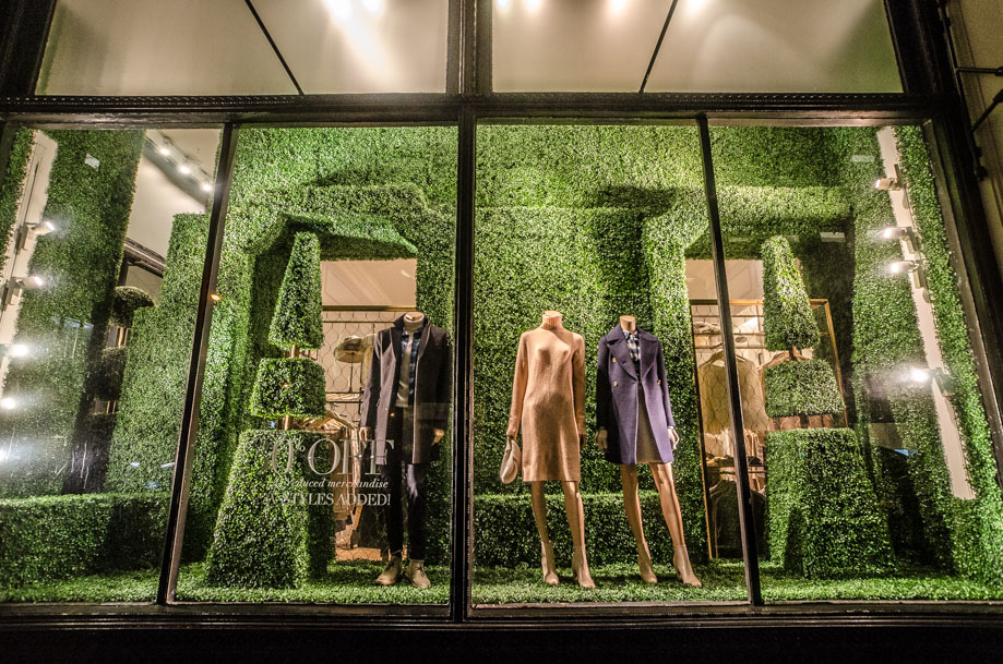 Club Monaco_holiday_2016_window_nyc3.jpg