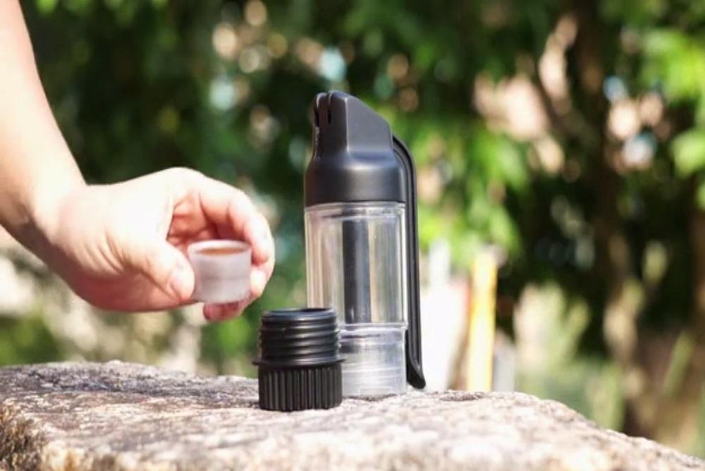 Portable Machine Lets You Enjoy Espresso Anytime, Anywhere