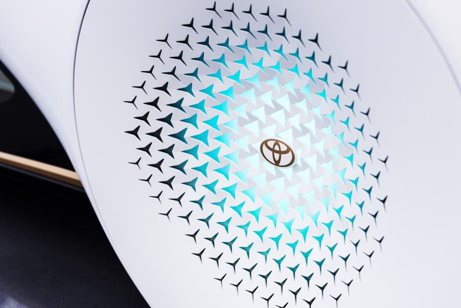 Toyota_Concept_i_08.jpg