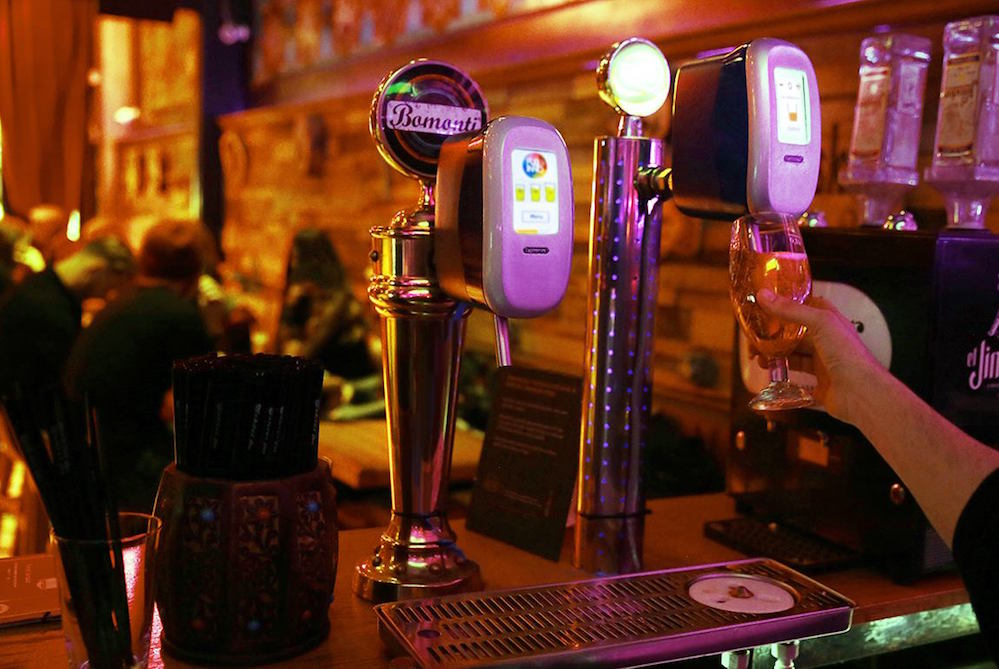 Automatic Draft Beer System Helps Serve The Perfect Pint