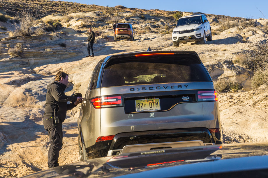 2017_Land_Rover_Discovery_Utah05.jpg
