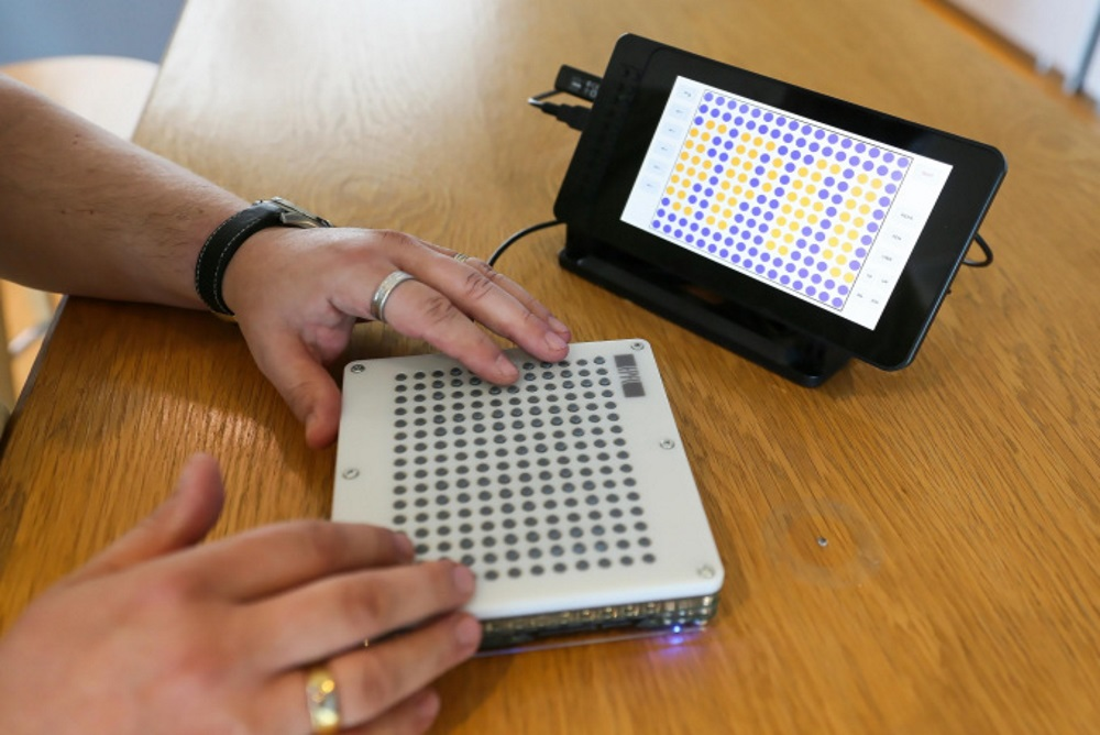 Tablet Makes Visual Information Tactile For The Visually Impaired