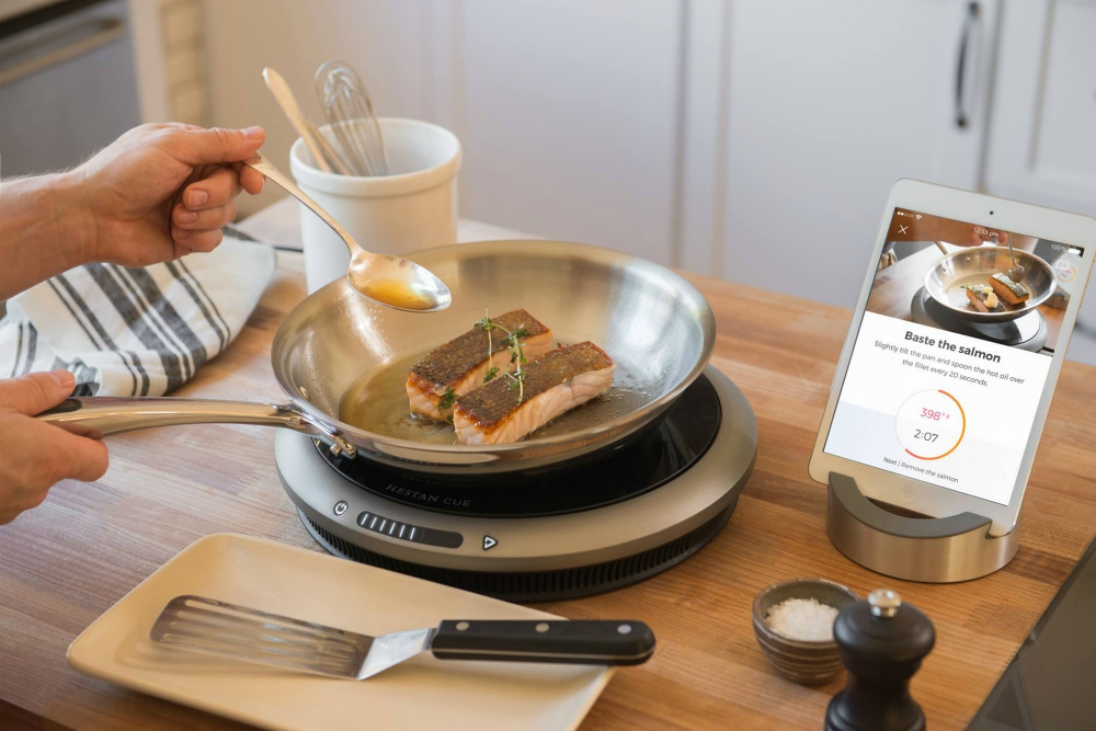 This Smart Induction Burner Will Be Your Personal Cooking Coach