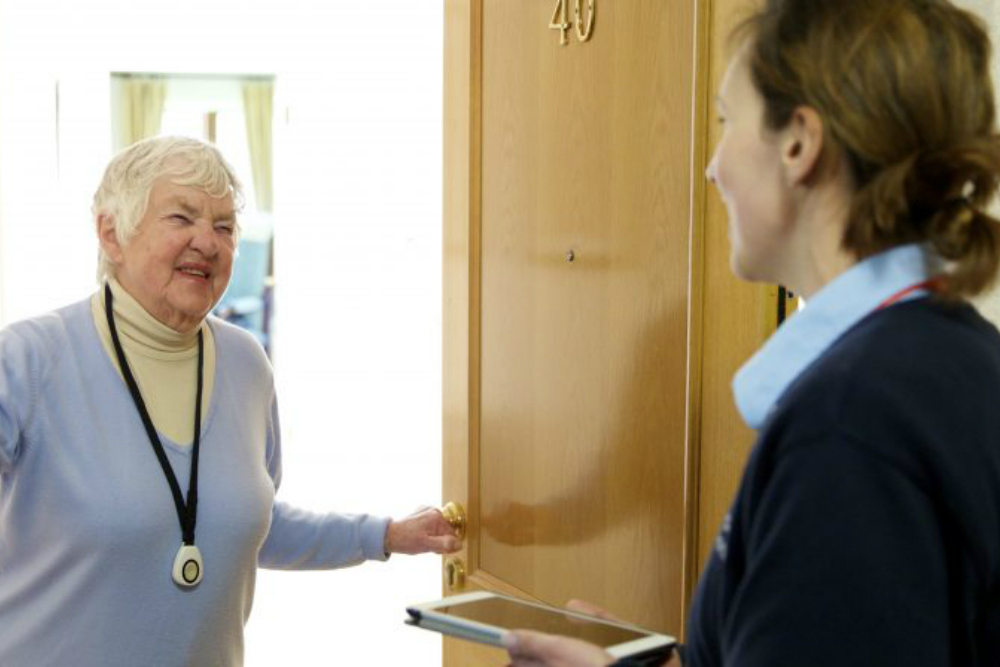 This Postal Service Is Offering Free Home Visits To The Elderly
