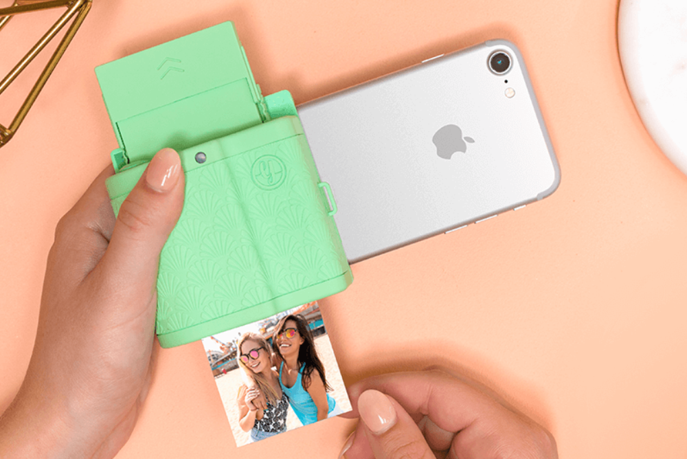 Mobile Printer Makes Photos With Hidden Video