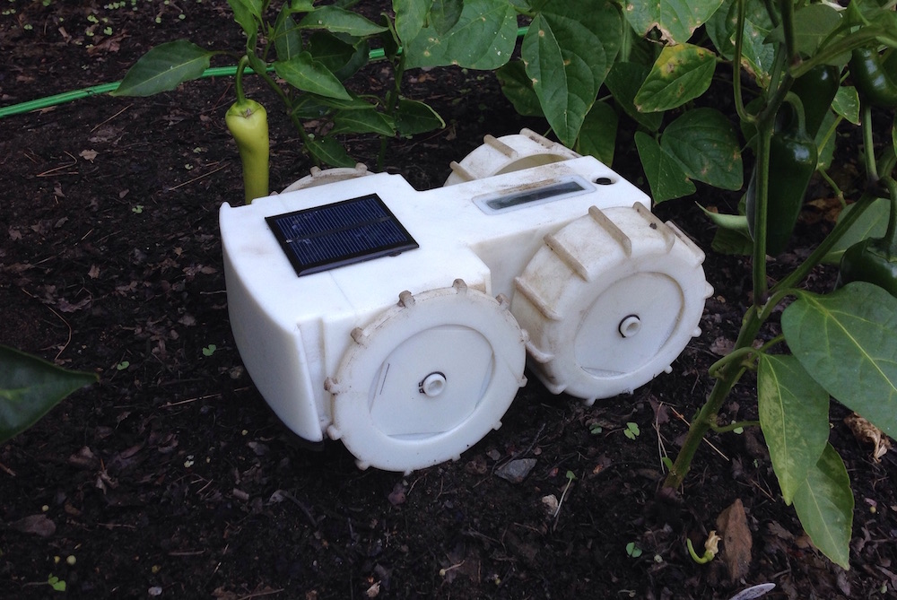 Let This Small Automated Bot Do All The Weeding In Your Garden