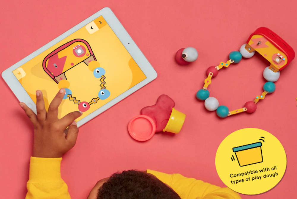 Electronic Dough Teaches Kids All About Conductivity
