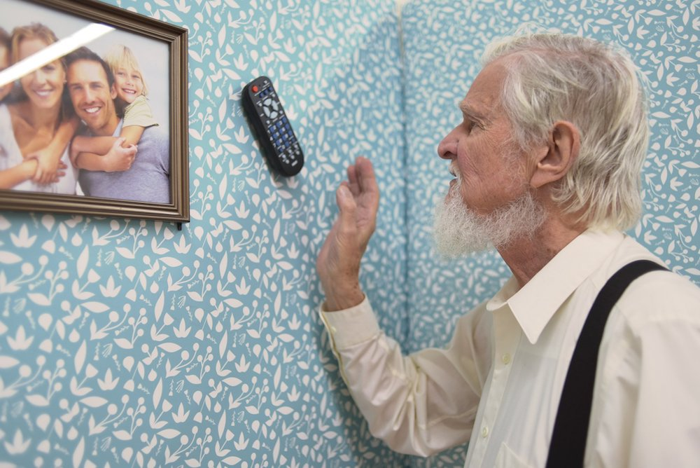 Home Furnishings Designed For Alzheimer's Patients Facilitate Daily Life