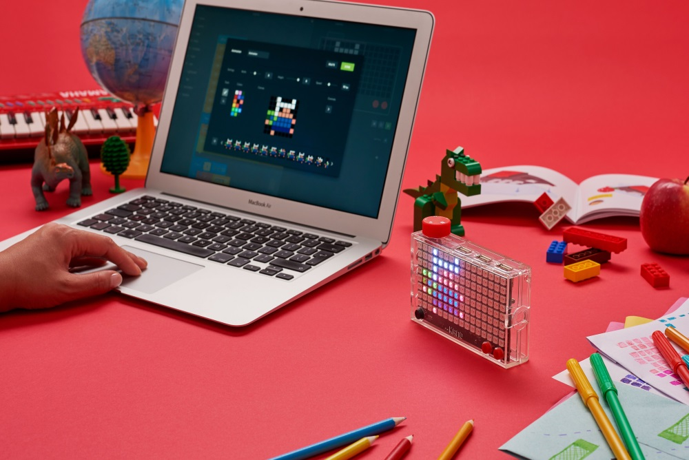 Learn Code With A Light-Up Pixel Display