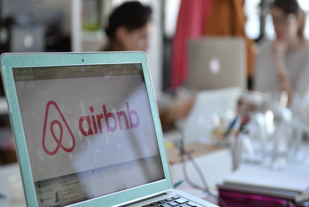 How AirBnB Is Planning To Overtake Luxury Hotels