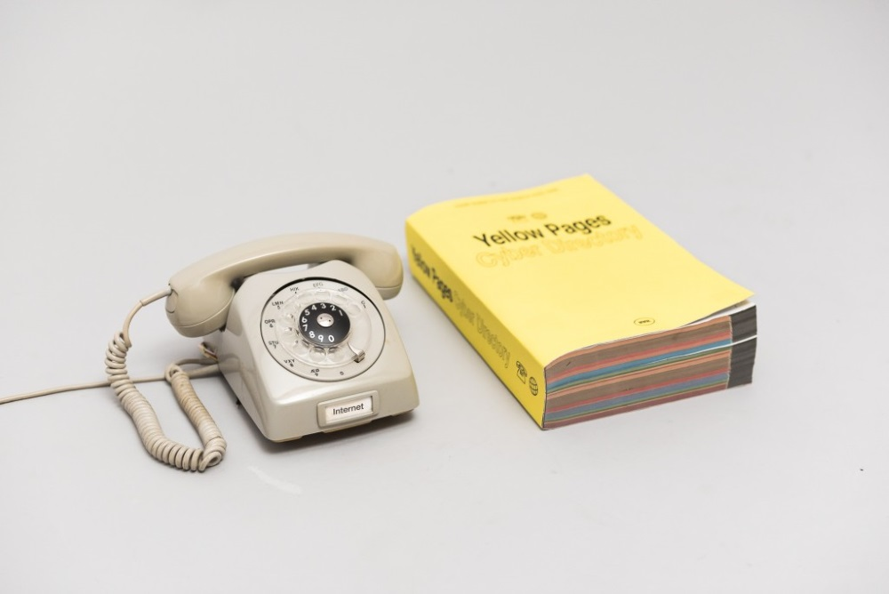 This Rotary Phone Is Actually An Analog Way To Browse The Web