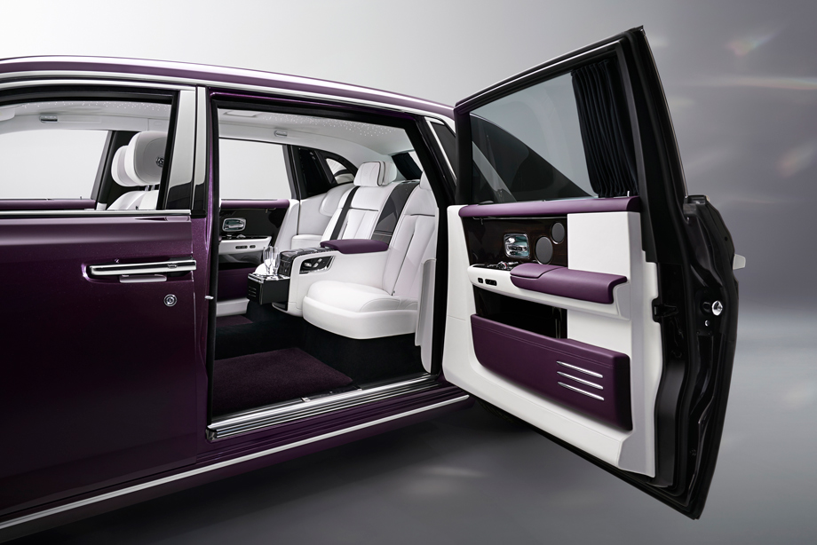 rolls_royce_new_phantom_interior.jpg