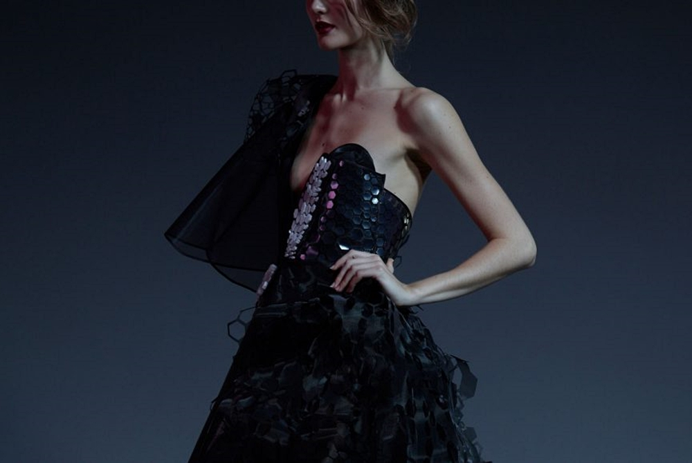 Little Black Dress Made With Graphene Changes Color When You Breathe