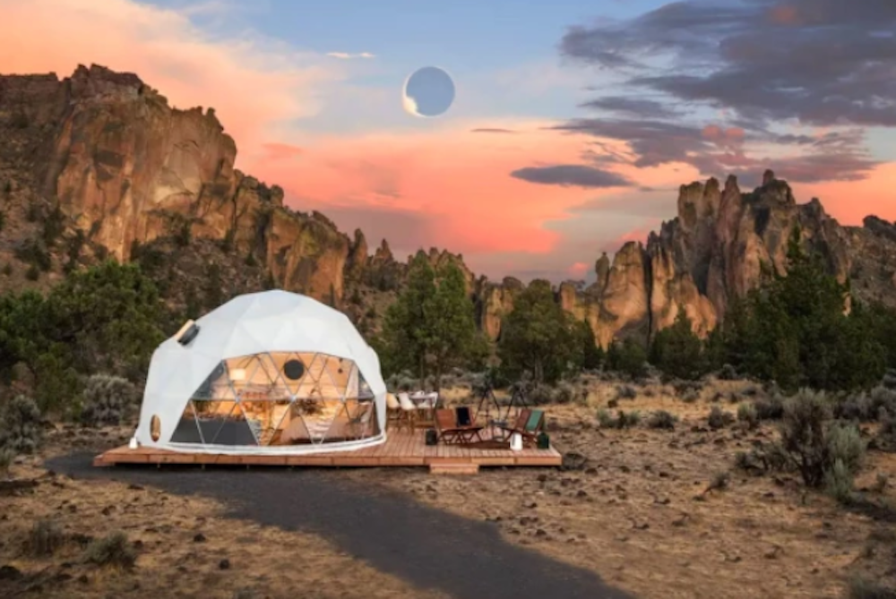 Airbnb Wants To Help People View The Upcoming Eclipse With An Astrophysicist At A Dream Location