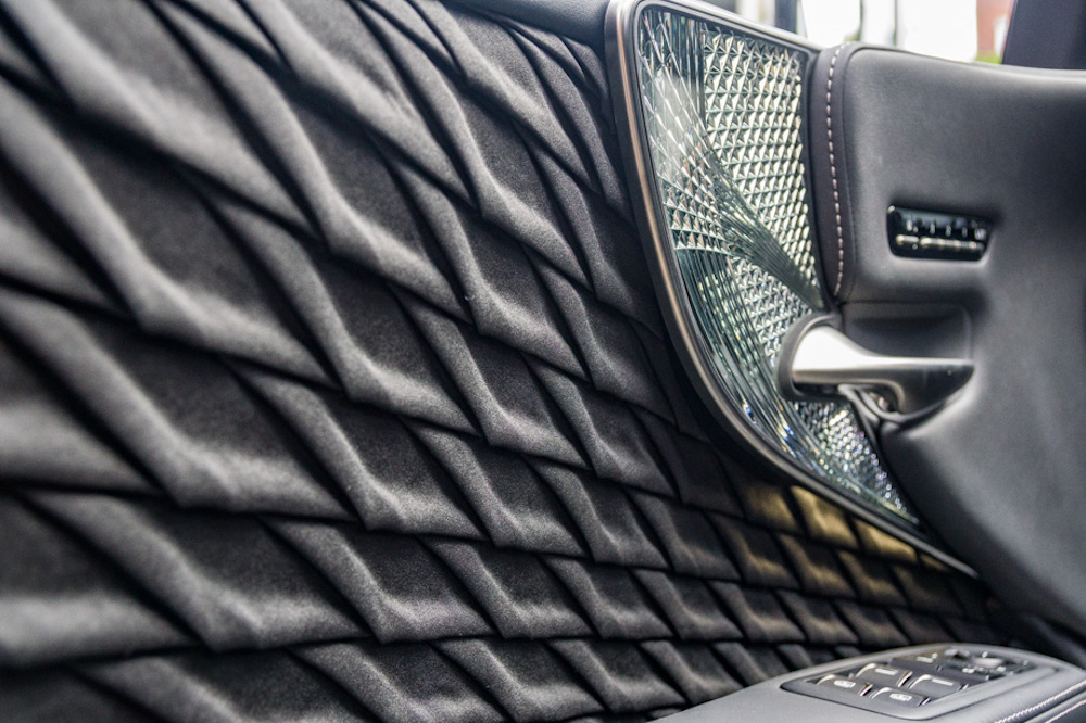 Traditional Japanese Handcrafts Adorn Flagship Lexus Sedan Interior