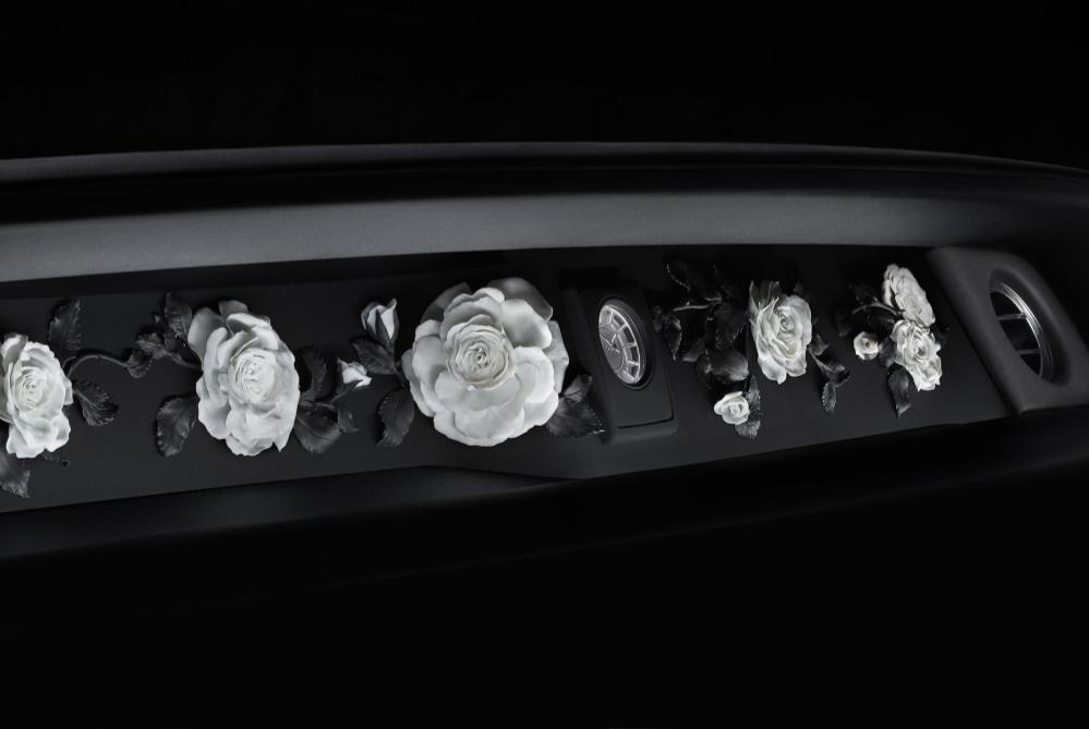 The New Rolls-Royce Phantom Has A Built-In Art Gallery