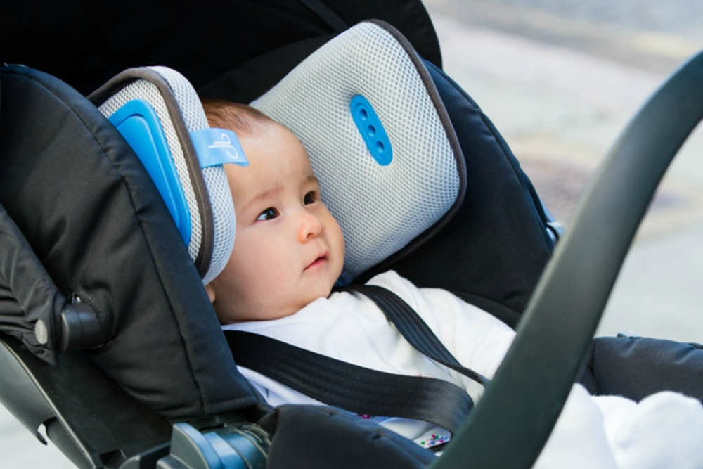 Stroller Mounted Air Filter Creates A Protective Bubble Around Babies