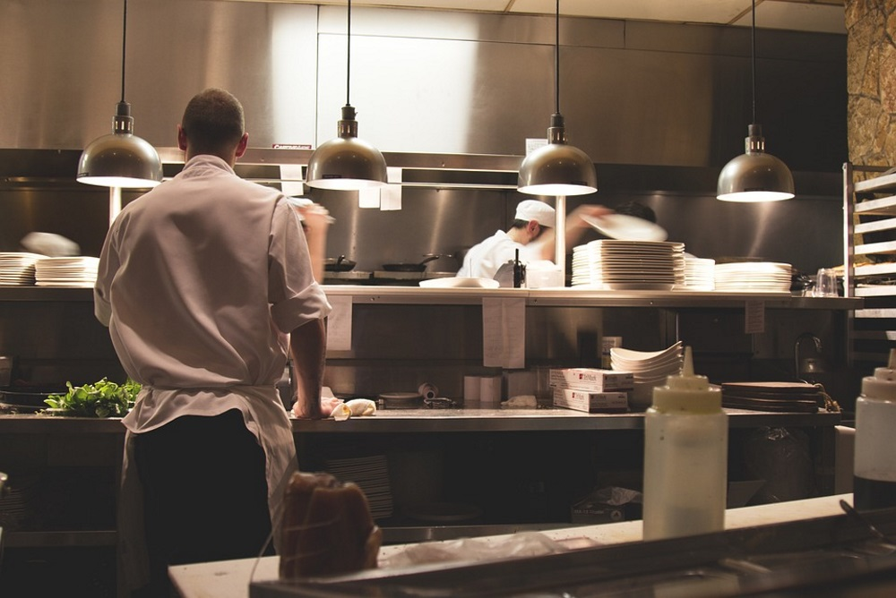 Hotels Are Beginning To Tackle The Problem of Food Waste