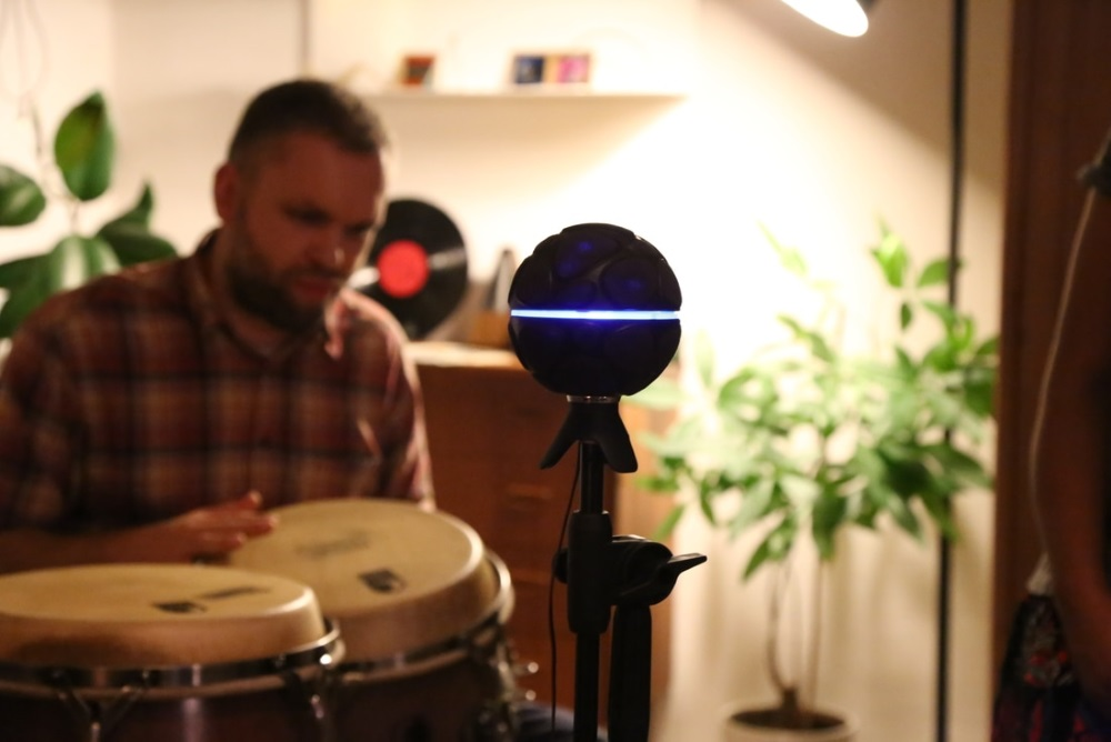 360-Degree Microphone Lets You Become A Portable Recording Studio