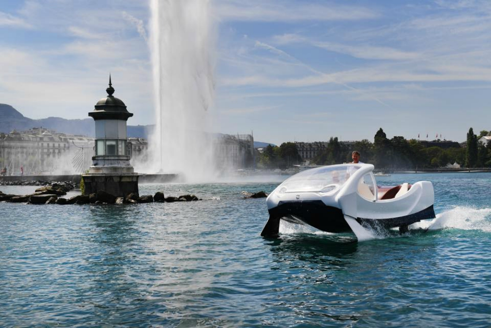 These Hovering Water Taxis Are Trying To Ease Traffic Congestion