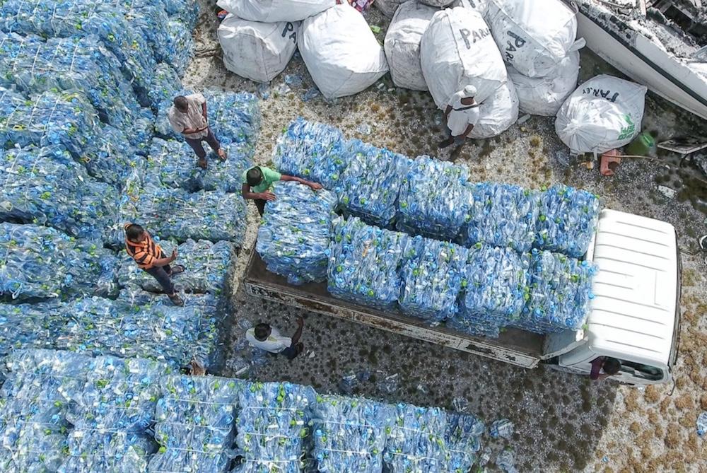 Refueled Fabrics Turn Pollution Into Eco-Friendly Apparel