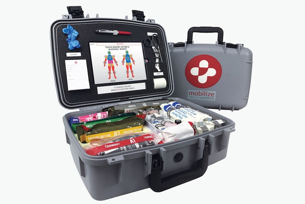This First Aid Kit Teaches Anyone To Become An Emergency Life Saver