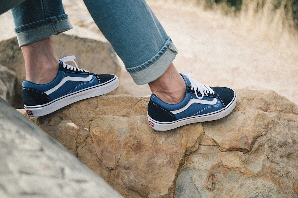 A Machine Can Make A Pair Of Custom Vans In Under 15 Minutes