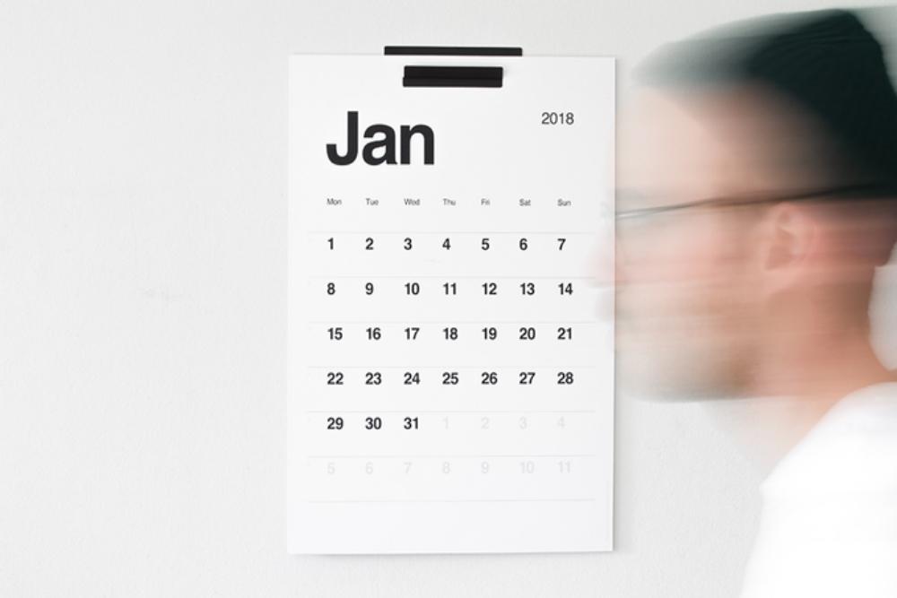 Ultra-Minimalist Calendar Brings Analogue Back To Planning