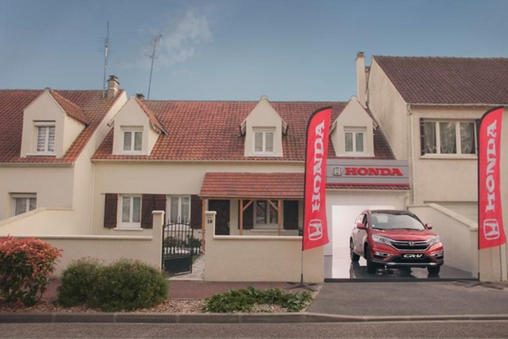 Honda Turns Fans' Garages Into Pop-Up Dealerships