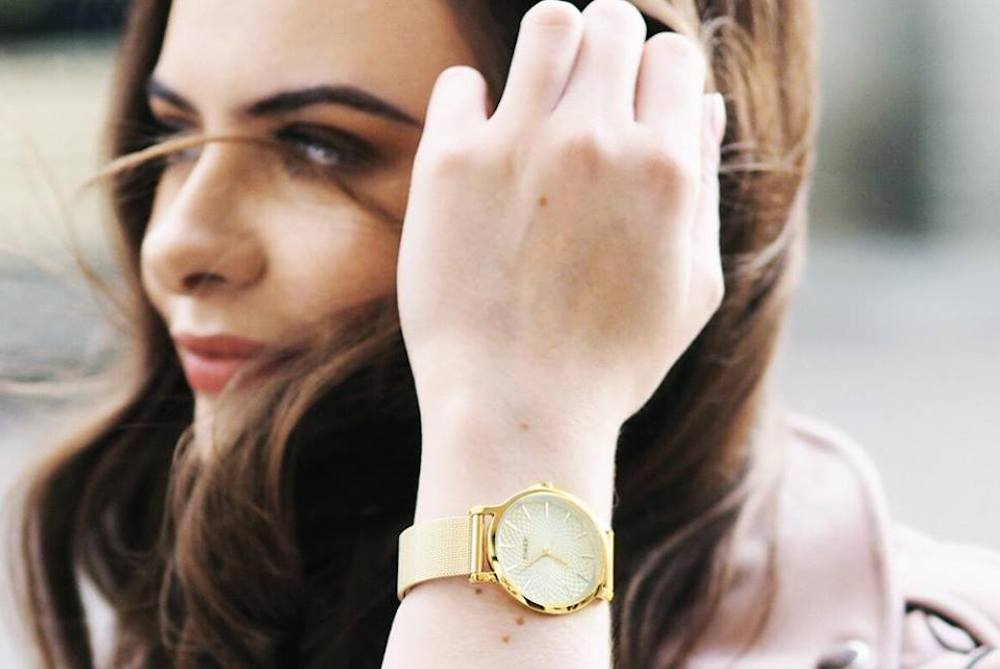 Elegant Timepiece Hides Tap And Pay Technology