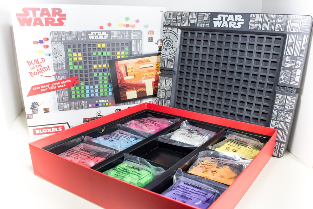 Create Your Own Star Wars Games With These Plastic Blocks