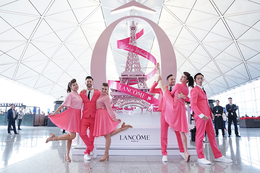 Lancôme Brings A Paris-Themed Holiday Pop-Up To Hong Kong Airport