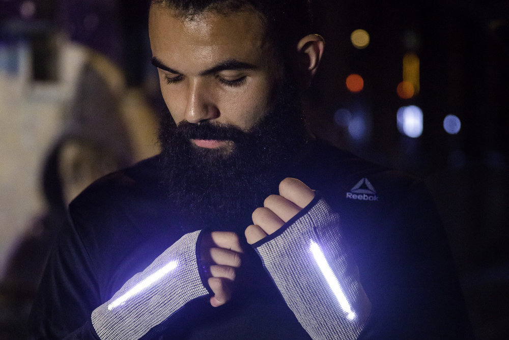 Reebok Flexweave Gloves Help Runners Find Their Way Home
