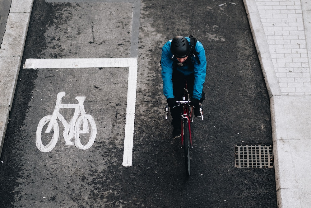 Connected Bike Light Alerts Emergency Services If There Is An Accident
