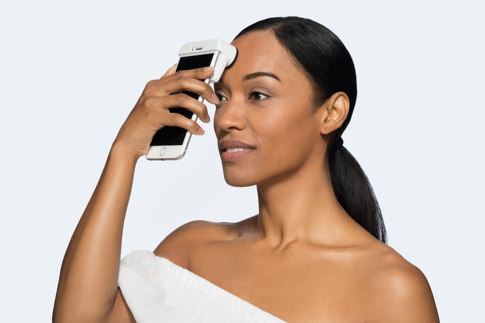 Neutrogena's iPhone Scanner Examines And Rates Your Skin