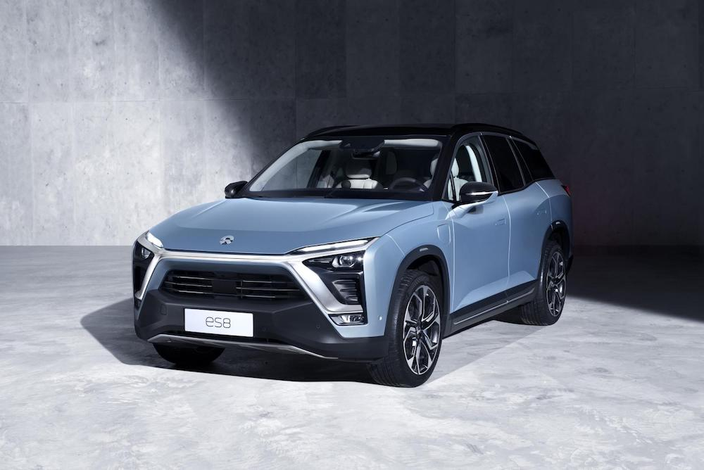 This Electric SUV Can Be Recharged Anywhere By Roving Battery Vans