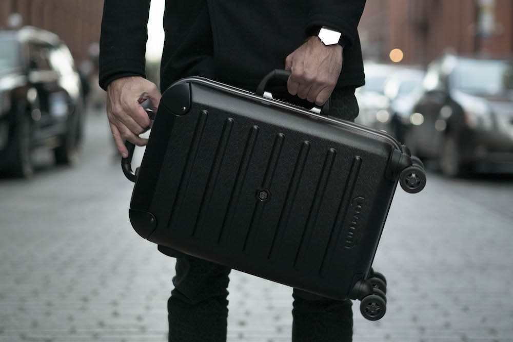 This Suitcase Helps Frequent Travelers Live An Organized Life