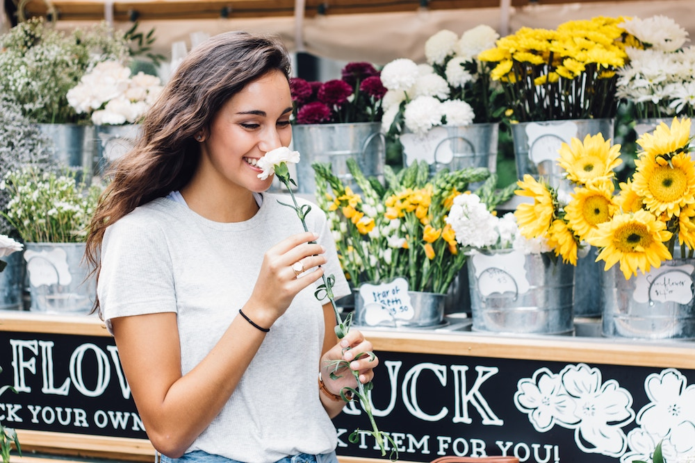How To Create Engaging Brand Stories Using The Power of Scent